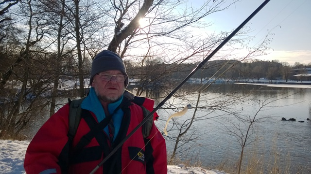 Antti Ruhanen kertoi kalastavansa kuhaa jigillä. Kuva: KivaaTekemistä.fi