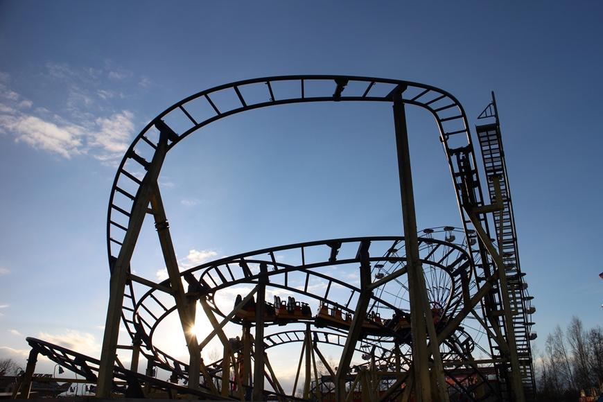 Eetun ja Henrin suosikkilaite oli vuoristorata 'Roller Coaster'. Kuva: KivaaTekemistä.fi