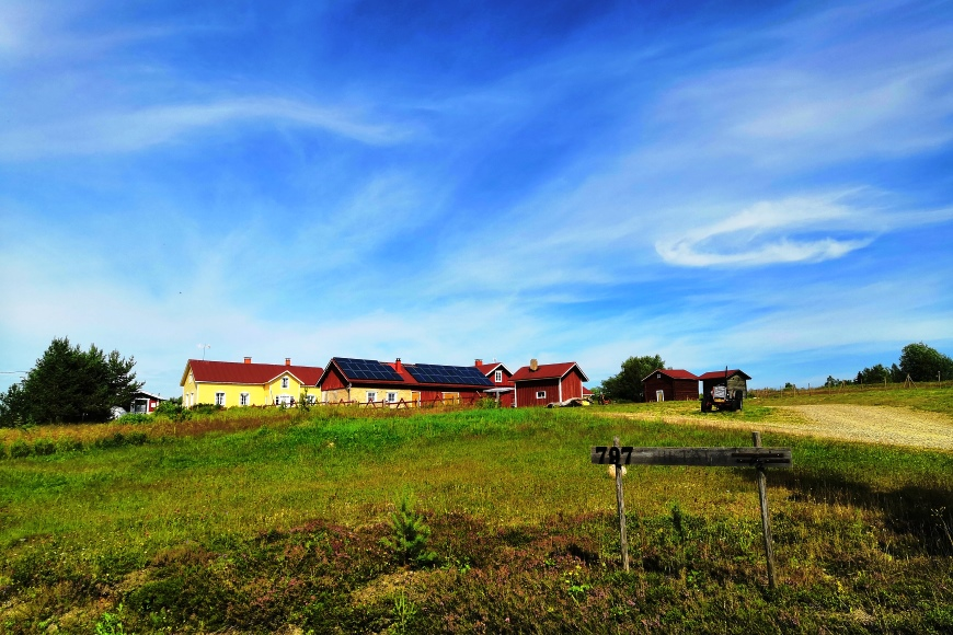 Hietala in Kierinki Village is an attractive old, renewed former farm but nowadays it is for happenings, celebrations and tourists, with a new old-style hotel since 2016. Photo: LikeFinland.com